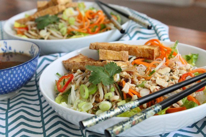 Vietnamese Bún Chay salad recipe (vegan)