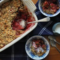 Apple, Blackberry & Sloe Gin Crumble Recipe