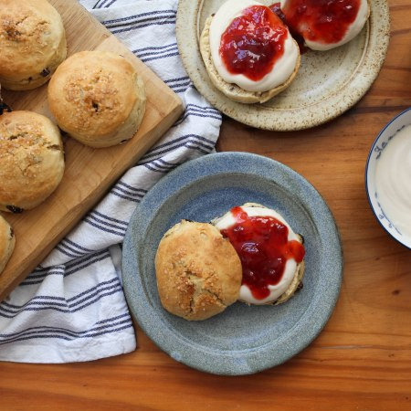 Vegan scones with jam and cashew cream